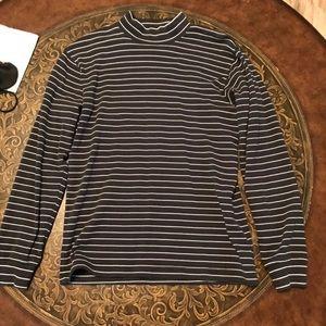 Uniqlo Mock-Neck Long-sleeve Shirt